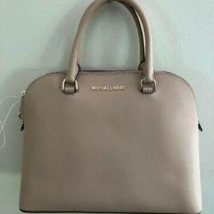 NWT $298 MICHAEL KORS Cindy Dome Leather Handbag